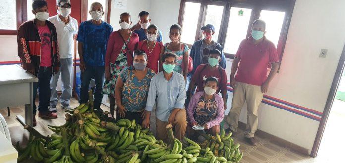Sepror realiza pagamento para 40 agricultores familiares do Amazonas
