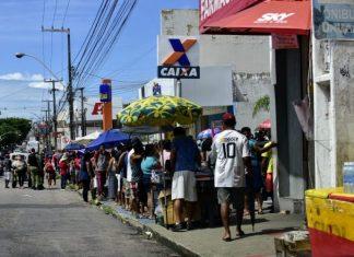 Saque de auxílio emergencial é liberado para beneficiários do 3º lote