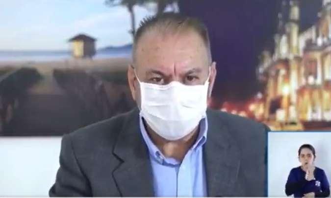 Prefeito sugere aplicação de ozônio no ânus para combater coronavírus