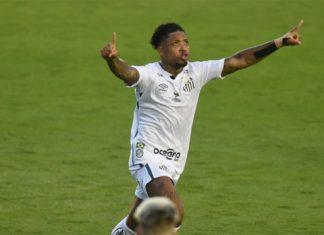 Com Marinho em grande fase, Cuca vê atacante com chance na seleção