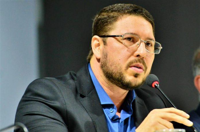 Carlos Almeida é alvo da segunda fase da 'Operação Sangria'