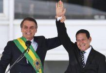 'Aqui qualquer coisa é impeachment. Deixa o cara governar, pô', diz Mourão