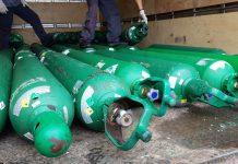 Polícia apreende 44 cilindros de oxigênio em armazém clandestino no Novo Israel