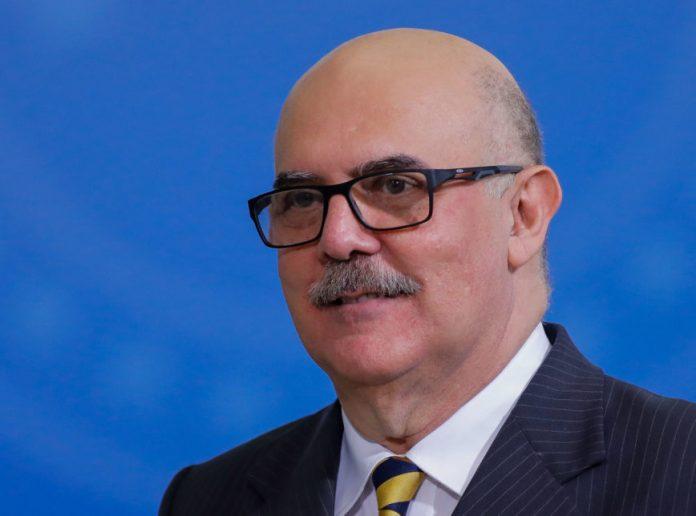 """Juíza nega pedido para adiar Enem; ministro via ação de """"minoria barulhenta"""""""