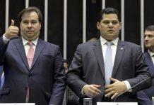 Maia quer que Alcolumbre convoque comissão para debater caos da saúde em Manaus
