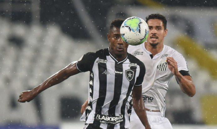 Finalista da Libertadores, Santos duela com Botafogo em crise no Brasileirão