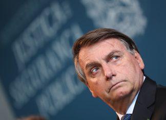 Bolsonaro critica o STF e diz que Brasil 'é um barril de pólvora'