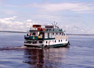 UBS Fluvial leva vacina contra a covid-19 a moradores da Calha do Rio Negro